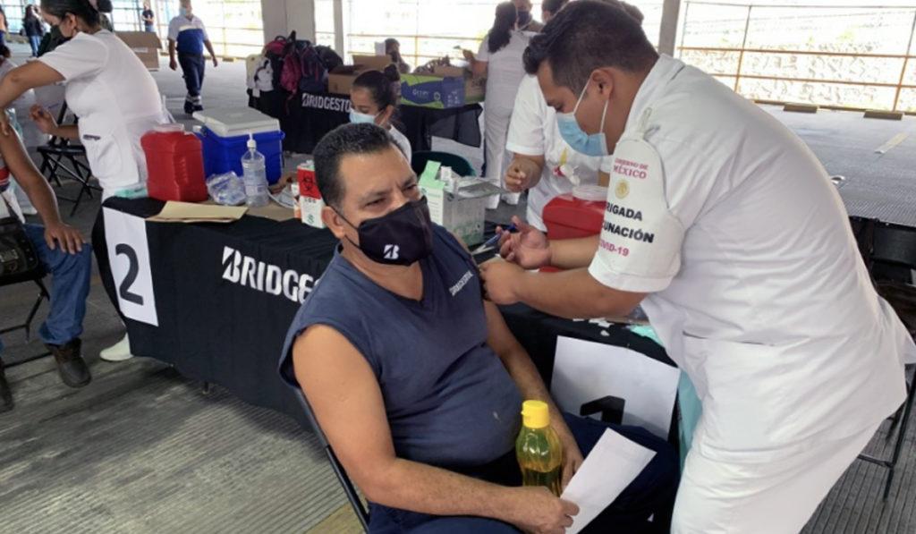 Bridgestone se suma a la vacunación en Morelos