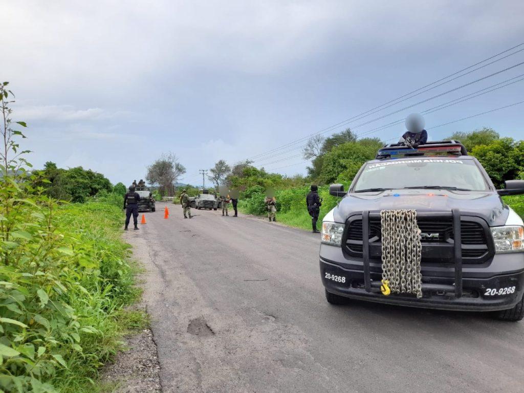 Línea de autobuses suspende servicios en tres municipios de Michoacán por violencia