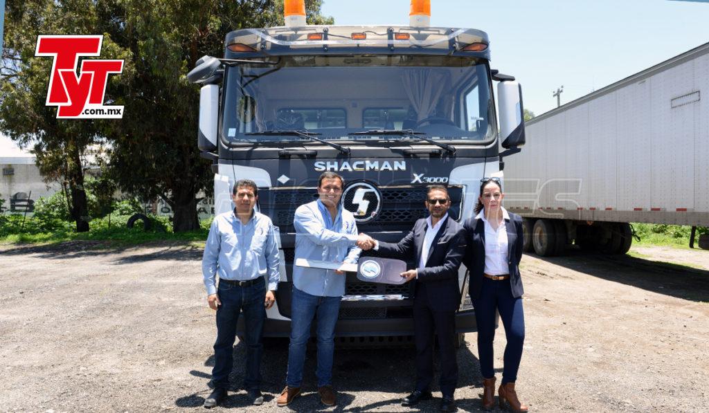Transportes GCO recibe su primer tractocamión Shacman