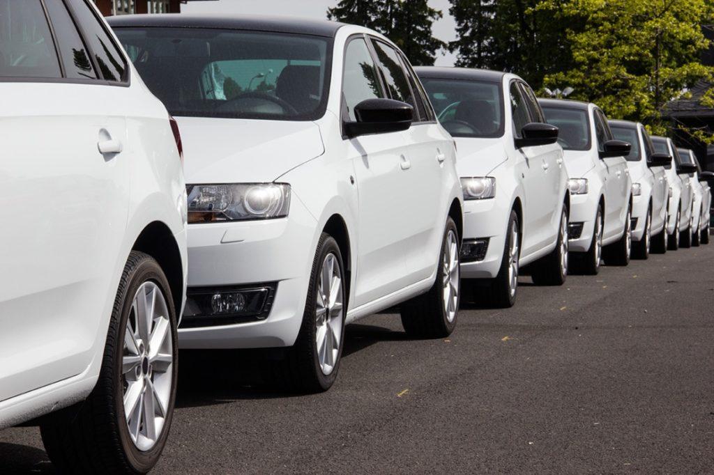 Escasez de chips pega al arrendamiento de vehículos