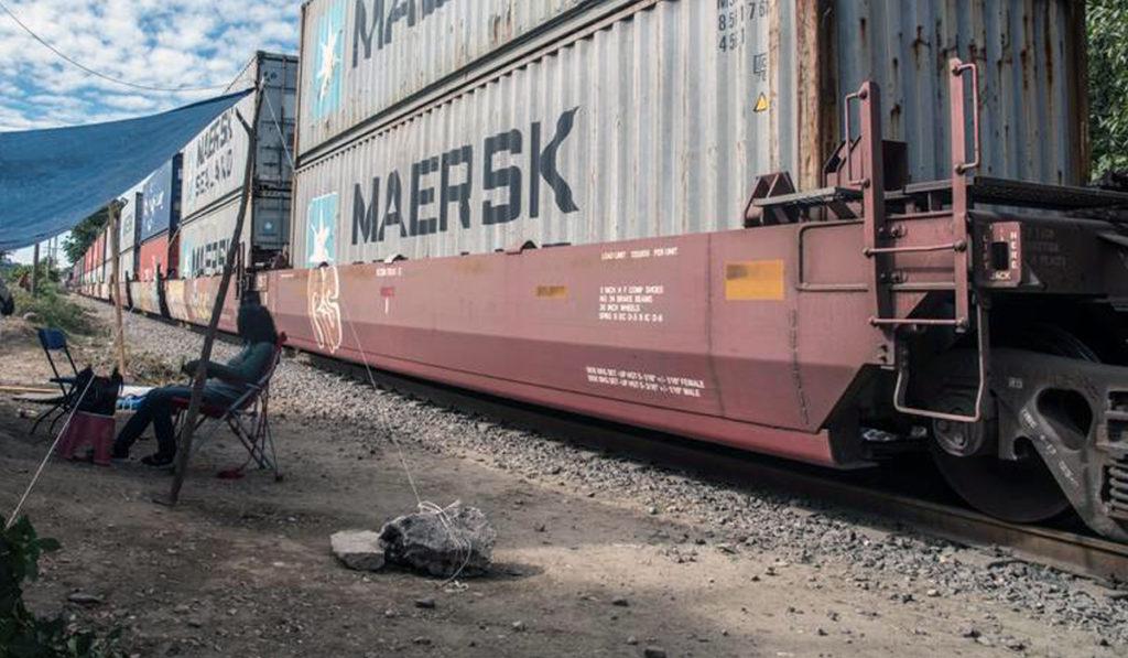 Kansas City Southern alerta nuevo bloqueo a las vías del tren