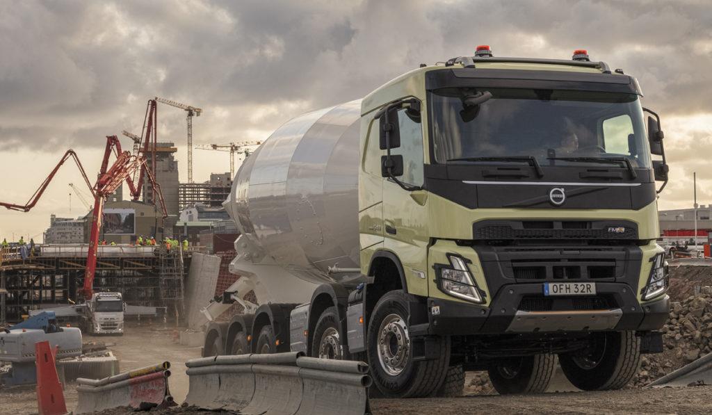 CEMEX se alía con Volvo por una flota cero emisiones