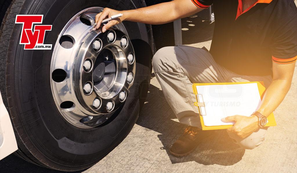 El monitoreo de la presión de las llantas ahorra combustible y mejora su vida útil