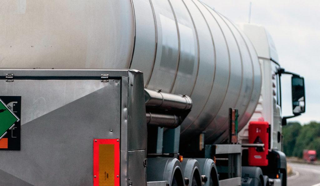 Reino Unido suma a 200 militares a distribución de combustible