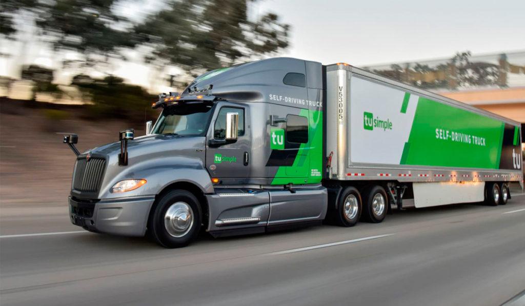 Navistar proyecta rodar camiones autónomos en 2024